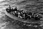 Titanic_lifeboat